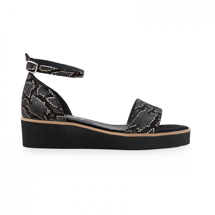 Sandale din piele naturala intoarsa neagra si piele cu imprimeu 0