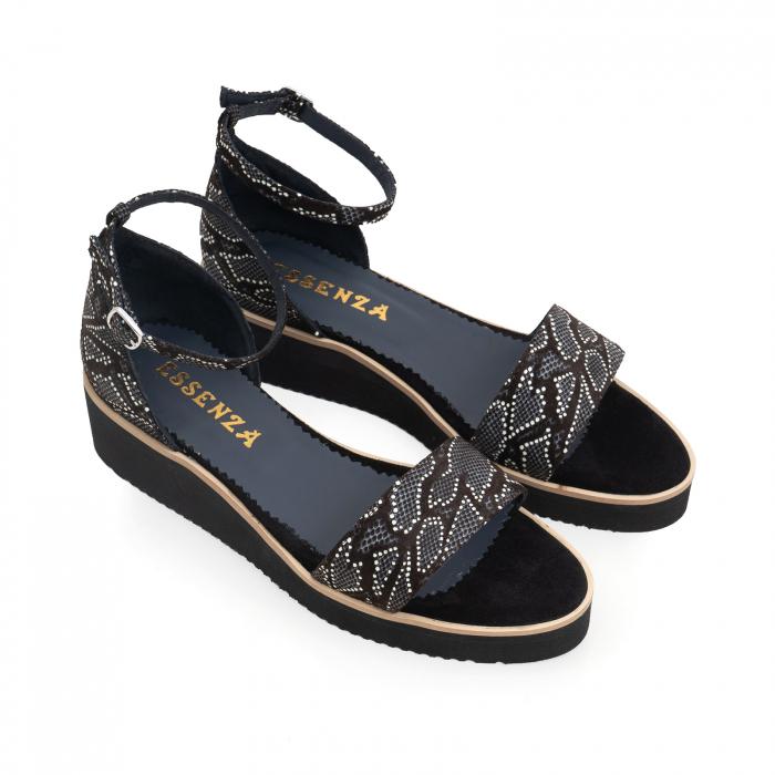 Sandale din piele naturala intoarsa neagra si piele cu imprimeu 2