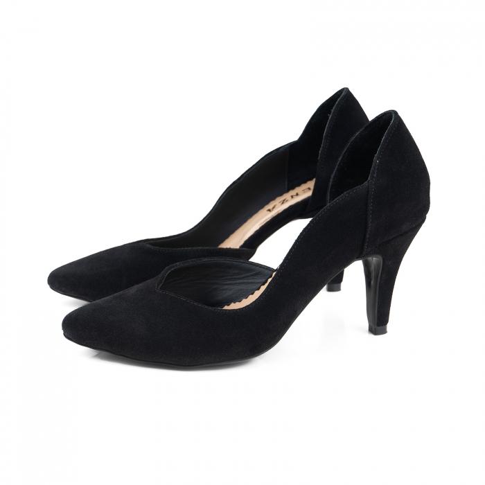 Pantofi stiletto din piele intoarsa neagra, cu decupaj interior 1
