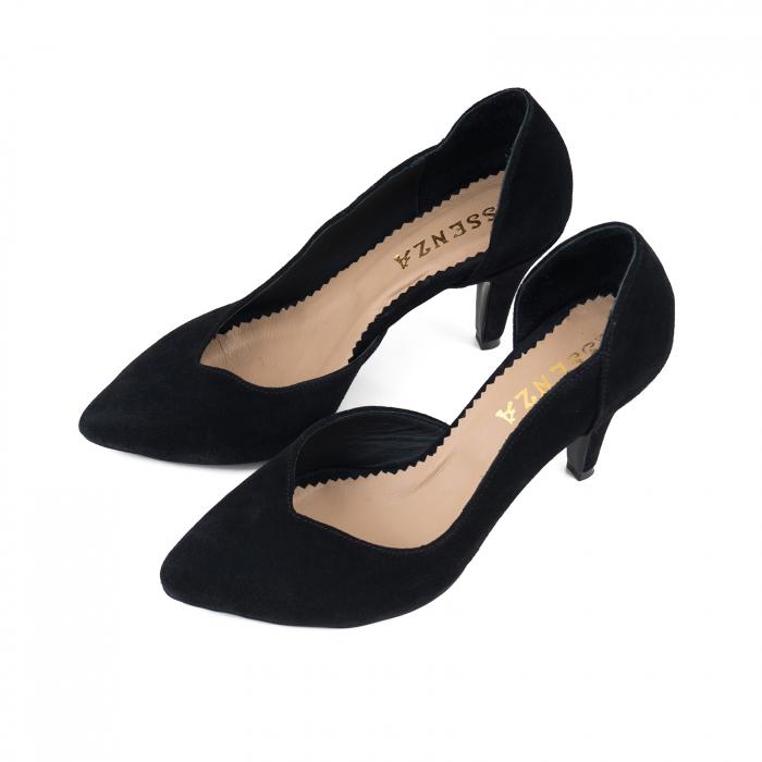 Pantofi stiletto din piele intoarsa neagra, cu decupaj interior 2