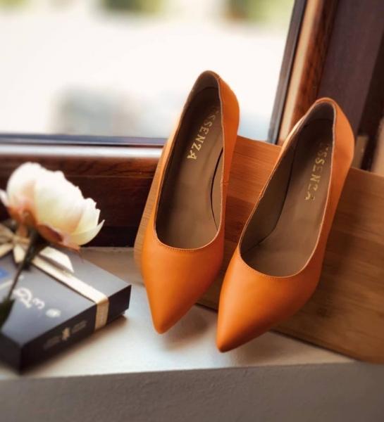 Pantofi stiletto din piele naturala de culoare portocaliu [0]