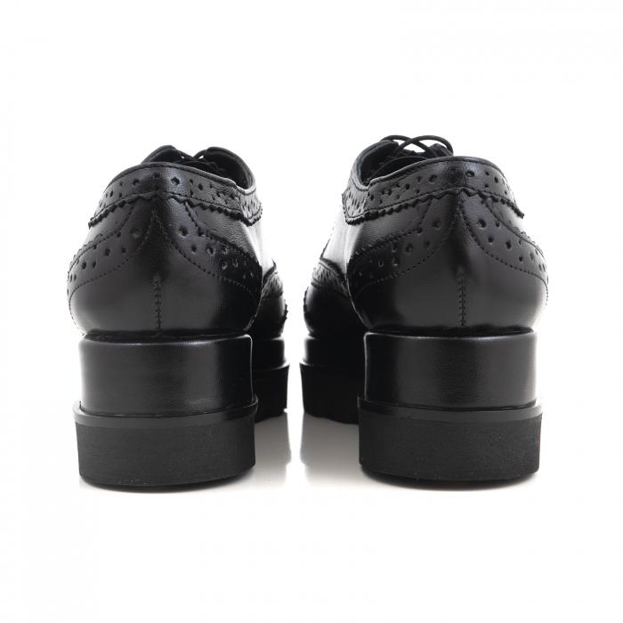 Pantofi din piele natruala neagra, cu perforatii si talpa dubla 3
