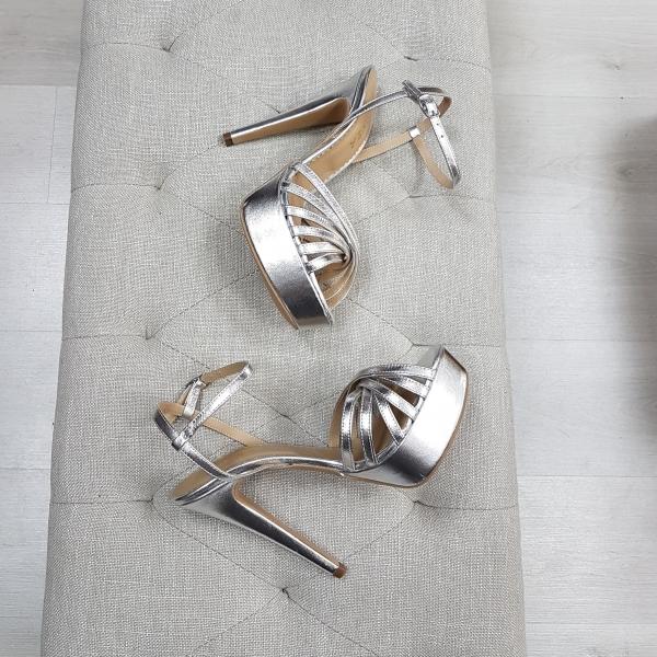 Sandale cu barete subtiri, din piele argintie, cu platforma 0