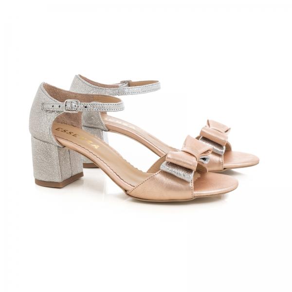Sandale din piele laminata argintie si roze, cu funde duble. 1