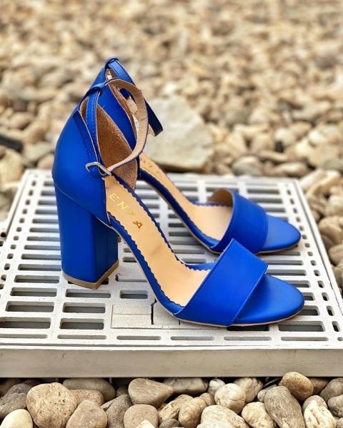 Sandale din piele naturala albastra, cu toc gros. 0