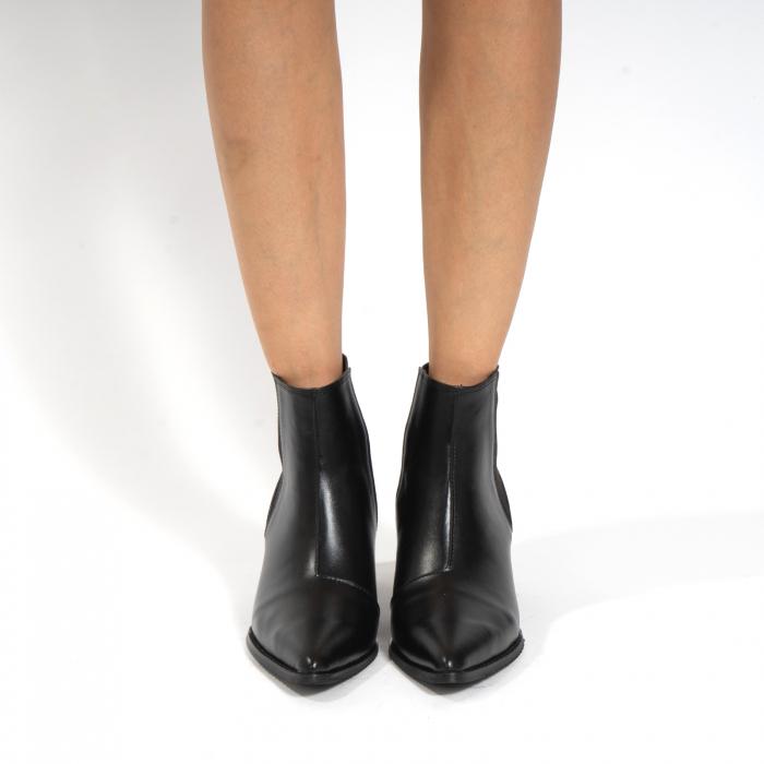 Ciocate scurte,  cu elastic, din piele naturala neagra 3