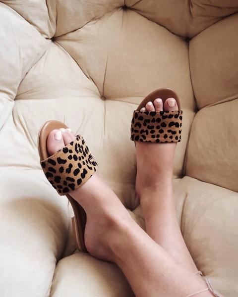 Flip flops din piele naturala cu animal print [5]