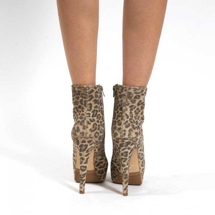 Ghete din piele naturala,animal print tip leopard,cu toc stiletto si platou interior 4