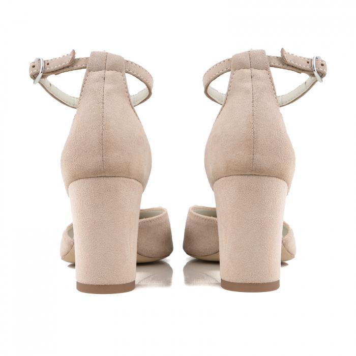 Pantofi cu decupaj si bareta la calcai, din piele intoarsa nude 2