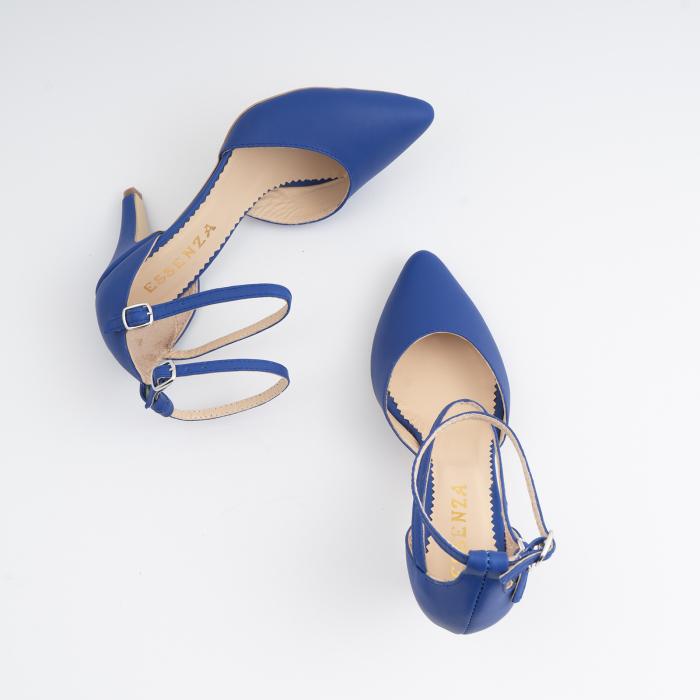 Pantofi cu decupaj si barete la calcai, din piele naturala albastra 3