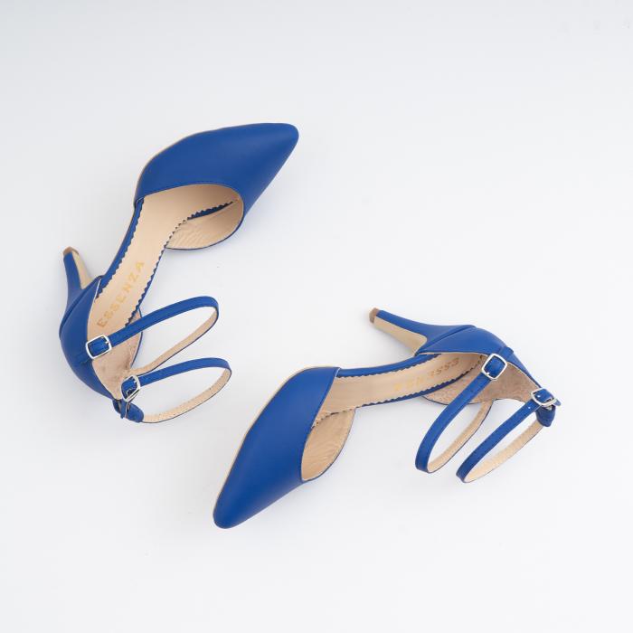 Pantofi cu decupaj si barete la calcai, din piele naturala albastra 4