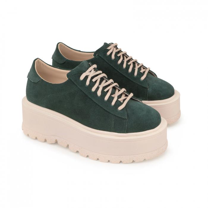 Pantofi cu talpă groasă, realizati din piele naturala intoarsa, verde [1]
