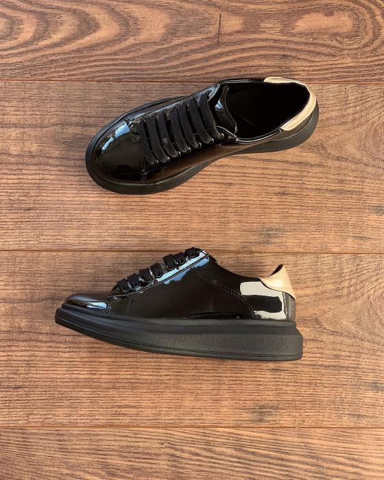 Pantofi cu talpă groasă, realizati din piele naturala lacuita neagra si aurie 1
