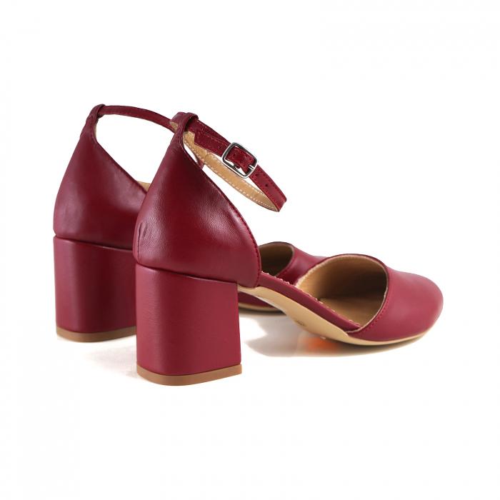Pantofi cu varf rotund, cu decupaj si bareta la calcai, din piele naturala rosu inchis 2