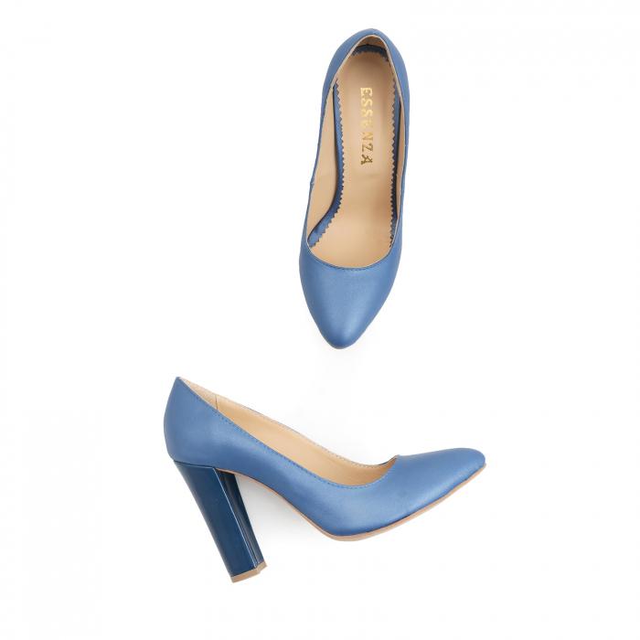 Pantofi cu varf semiascutit, din piele albastru sidef si albastru lacuit 1