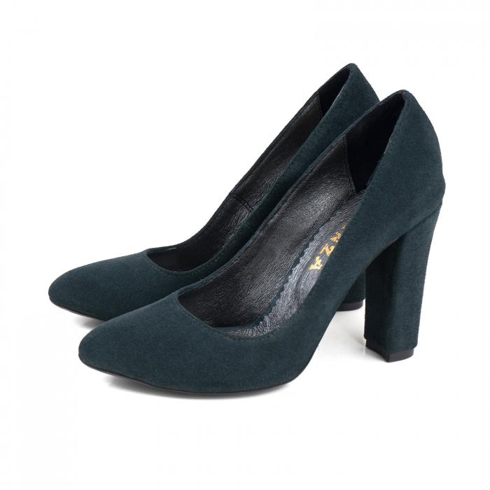 Pantofi cu varf semiascutit, din piele intoarsa neagra, cu captusala din piele,si varf ascutit 1