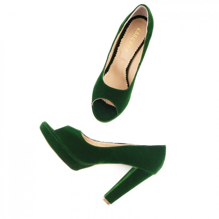 Pantofi decupaj  la varf, din catifea verde, cu toc gros si platforma [2]