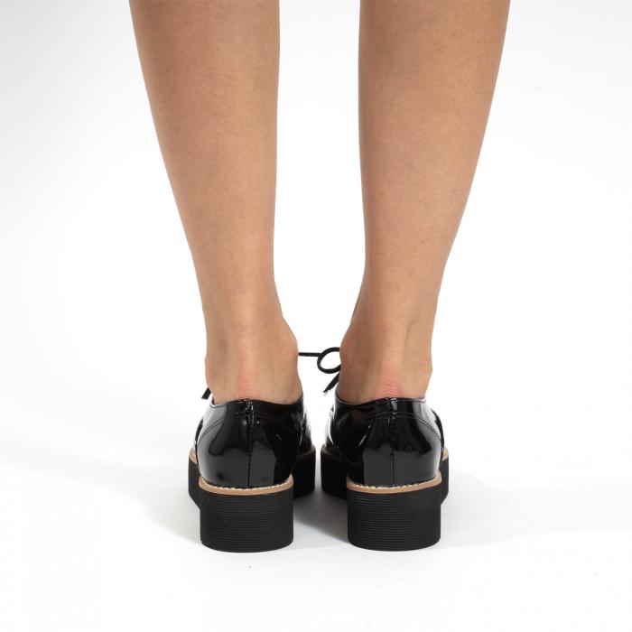 Pantofi oxford, cu varf ascutit, din piele naturala lacuita, neagra. 4