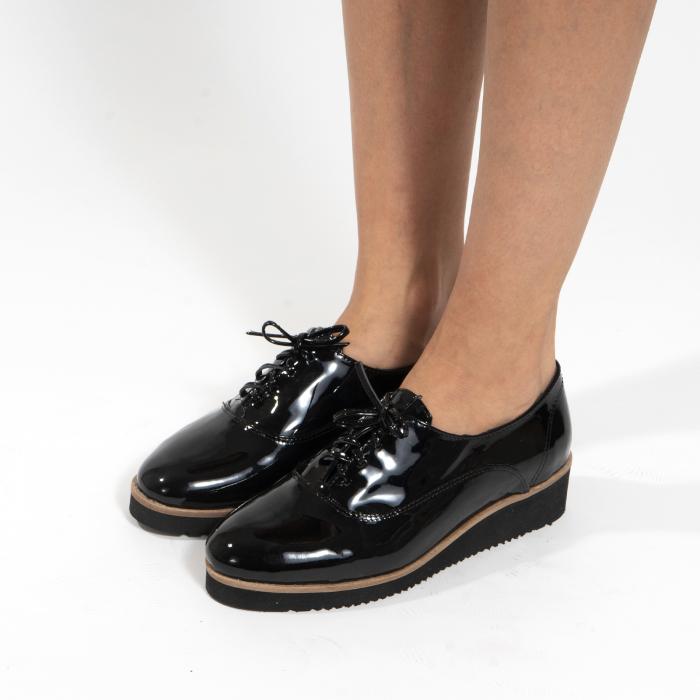 Pantofi oxford, cu varf rotunjit, din piele naturala lacita, neagra 3