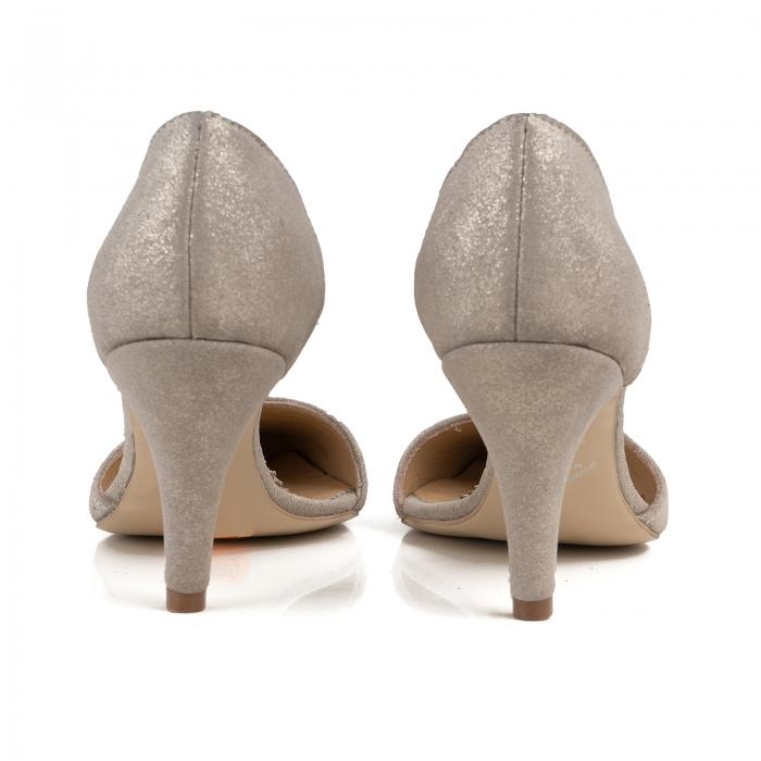 Pantofi stiletto decupati interior/exterior, realizati din piele intoarsa crem glitter [3]