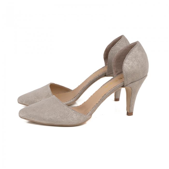 Pantofi stiletto decupati interior/exterior, realizati din piele intoarsa crem glitter [1]