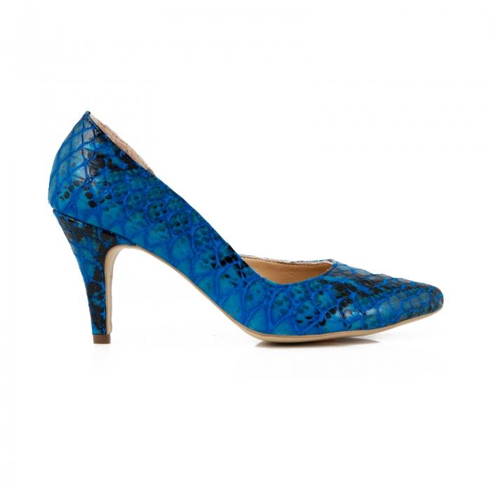 Pantofi stiletto din piele lacuita cu aspect tip sarpe, albastru, cu decupaj interior 0