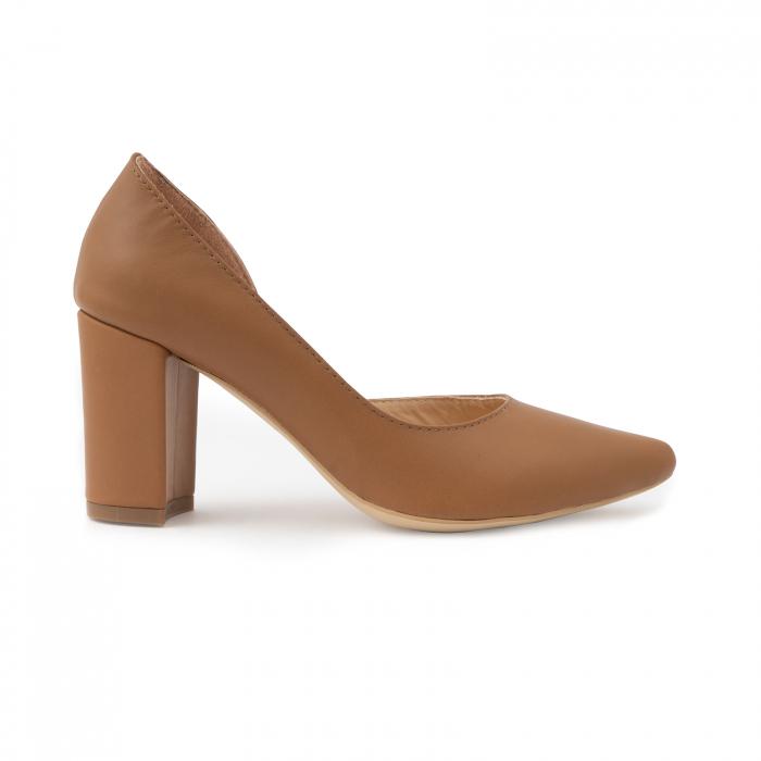 Pantofi stiletto din piele naturala maron camel, cu decupaj interior. 0