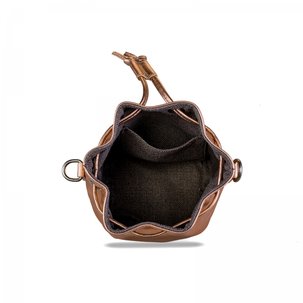 Poseta Kristy mini bucket cu bareta de mana si bareta de umar reglabila, din piele laminata auriu-roze 4