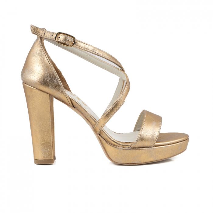 Sandale cu barete in x, din piele laminata, auriu ptina 0
