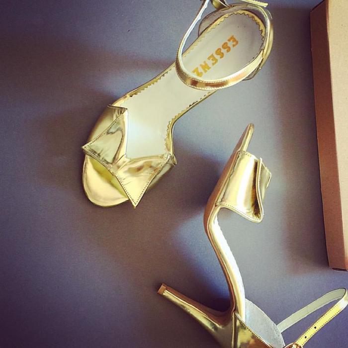 Sandale cu funda, din piele laminata auriu oglinda 0