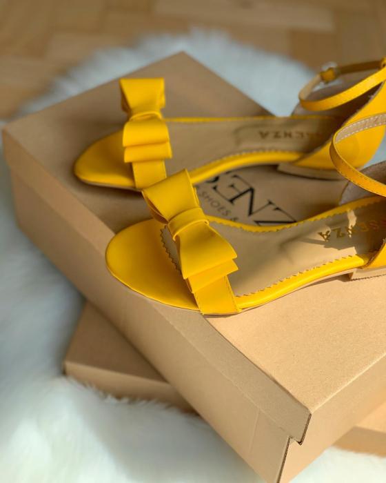 Sandale cu fundite, din piele naturala galbena [0]