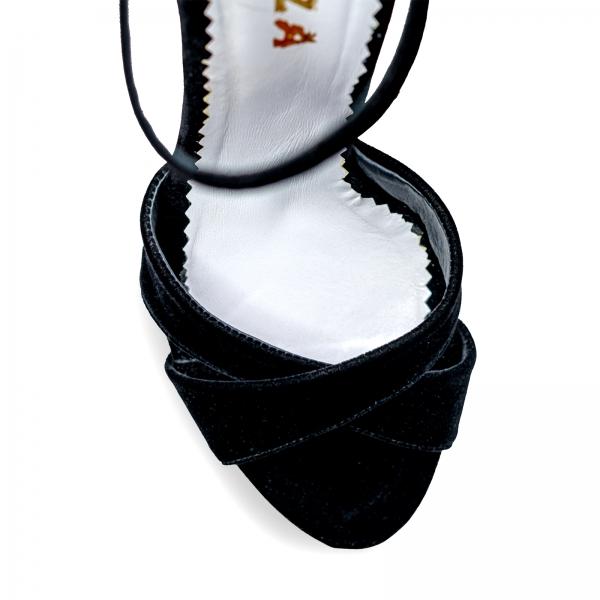 Sandale cu platforma, din catifea neagra 3
