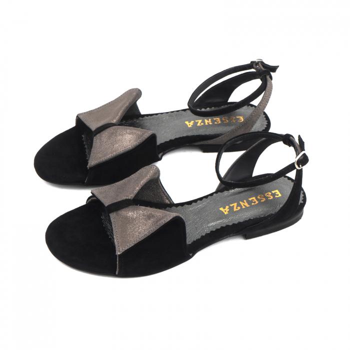 Sandale cu talpă joasă, din piele intoarsa neagra si piele gri glitter 1