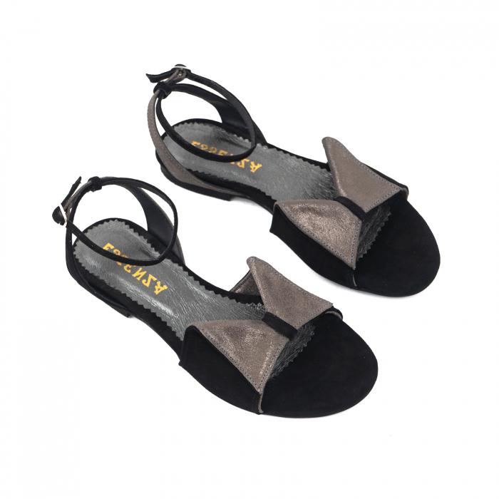 Sandale cu talpă joasă, din piele intoarsa neagra si piele gri glitter 2