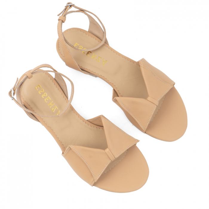 Sandale cu talpă joasă, din piele naturala beige 2