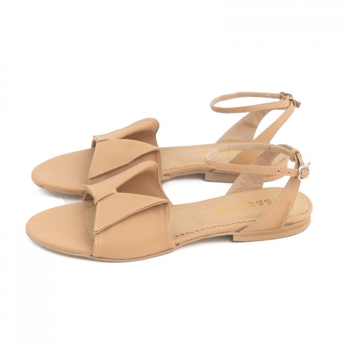 Sandale cu talpă joasă, din piele naturala beige 1