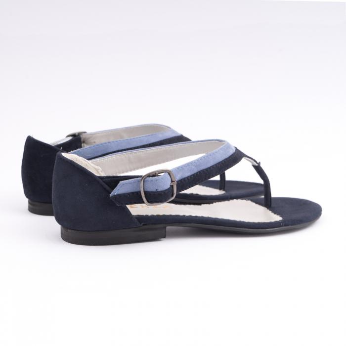 Sandale cu talpa joasa, cu bareta intre degete, din piele intoarsa albastru inchis si albastru deschis 3