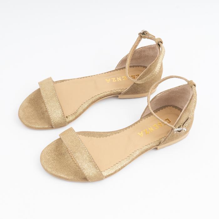 Sandale cu talpa joasa, din piele glitter aurie. 2