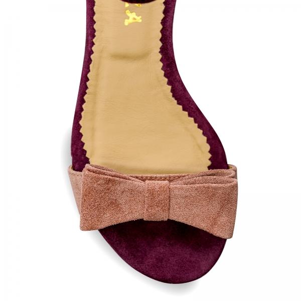 Sandale cu talpa joasa, din piele intoarsa mov, cu fundite roz somon 3