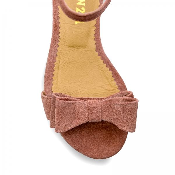Sandale cu talpa joasa, din piele intoarsa roz somon, cu fundite 2
