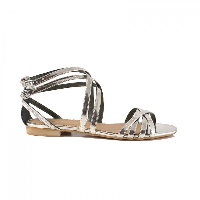 Sandale cu talpa joasa, din piele laminata argintiu-oglinda 0