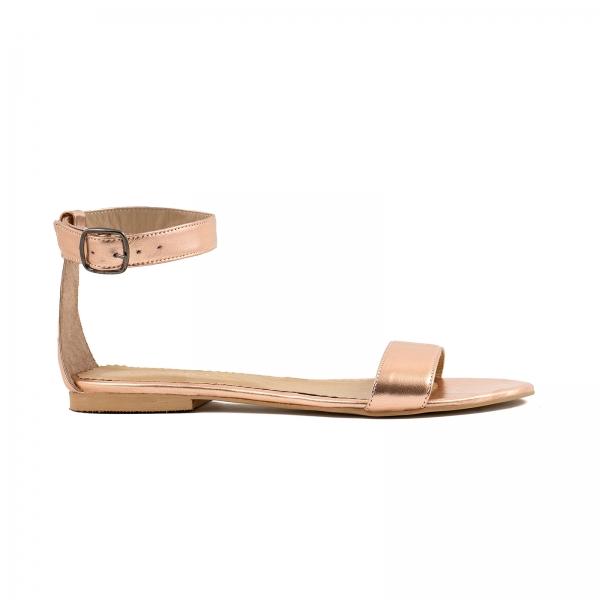 Sandale cu talpa joasa , din piele laminata auriu-roze 0