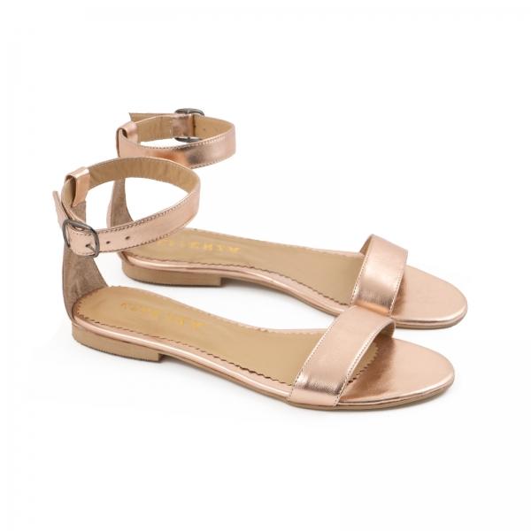 Sandale cu talpa joasa , din piele laminata auriu-roze 1