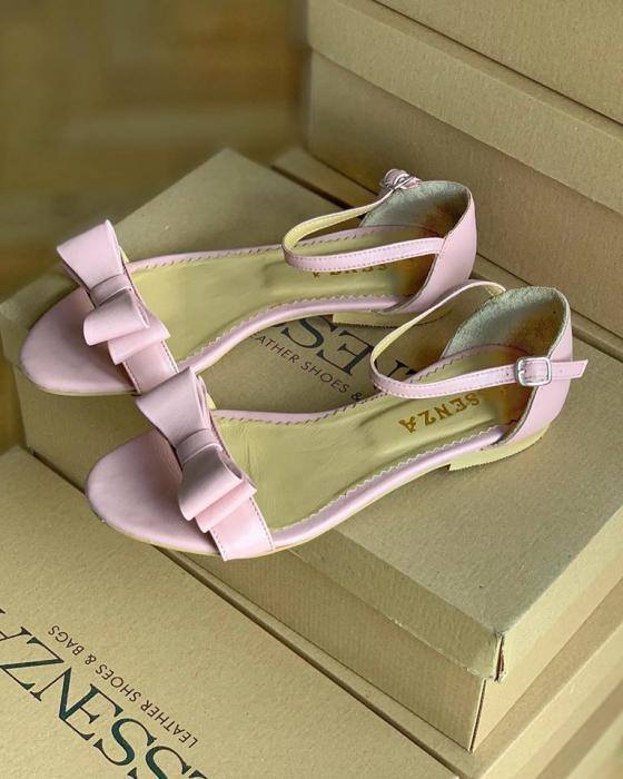 Sandale cu talpa joasa, din piele nappa roz, cu fundite [1]