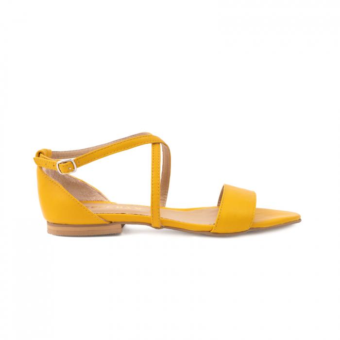 Sandale cu talpa joasa, din piele naturala galbena 0