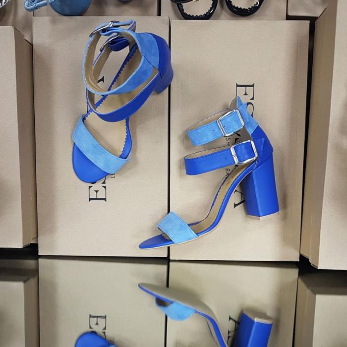Sandale cu toc gros, din piele albastra [1]