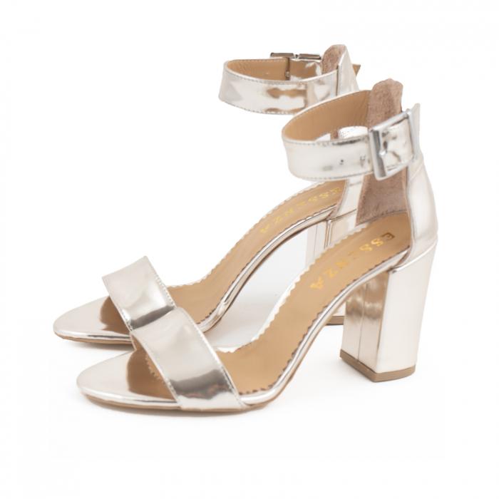 Sandale cu toc gros, din piele laminata de nuanta argintiu-oglinda 1