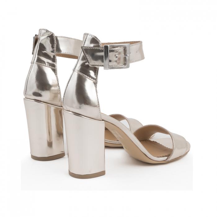 Sandale cu toc gros, din piele laminata de nuanta argintiu-oglinda 2