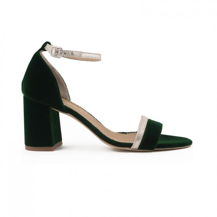 Sandale cu toc patrat, din piele laminata argintie si catifea verde 0
