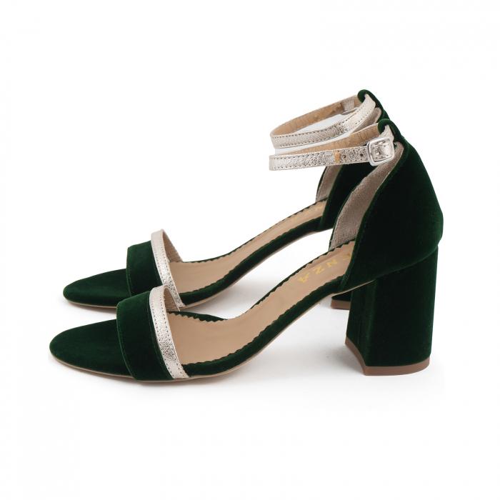 Sandale cu toc patrat, din piele laminata argintie si catifea verde 1